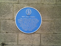 Photo of Joseph Priestley, Joseph Stretch Crowther, Henry Bowman, and Mill Hill Chapel, Leeds blue plaque