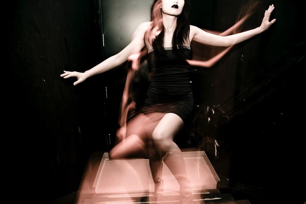 Natsuki Nakano OWL black strapless dress 2 NYU ACE