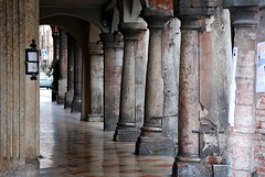 Columns (Carmelo61 PhotoPassion Thanks) Tags: city reflection ancient nikon column portici riflessi antico borgo bassano brenta vicenza grappa colonne antichità borghi bassanese carmelo61 carmeloraineri