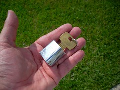 100_dollar_key