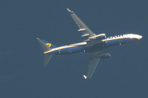 Ryanair B738 EI-EFW