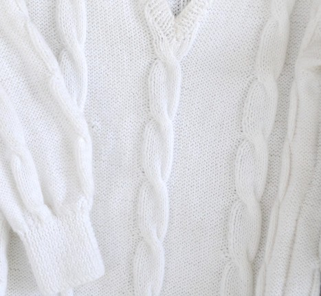 V-Neck Cabled Sweater 020