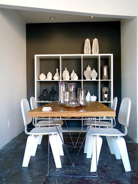 (Sub)Urban Home Showroom