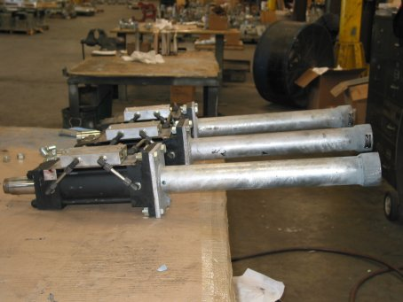 14,000 lbs. Load Hydraulic Shock Snubbers