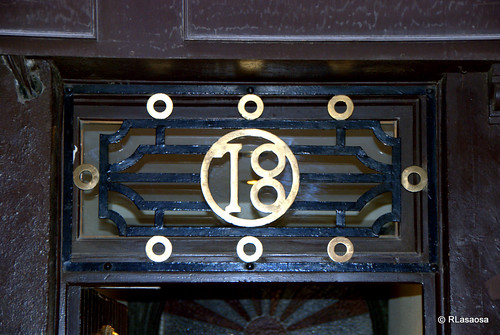 Letrero en la puerta de una casa de la calle San Gregorio