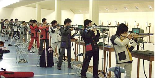 つつがライフル射撃場 で 全国ライフル射撃選手権 行われる!