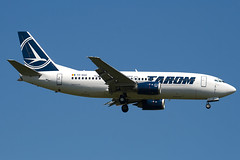 YR-BGD - 27182 - Tarom - Boeing 737-38J - 100617 - Heathrow - Steven Gray - IMG_4070