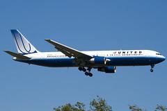 N652UA - 25390 - United Airlines - Boeing 767-322ER - 100617 - Heathrow - Steven Gray - IMG_4044