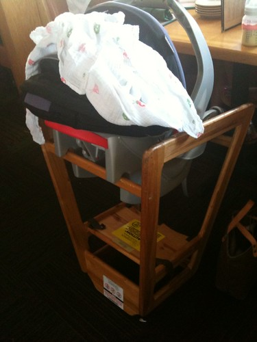 restaurant moblogging highchair graco wayan infantcarseat