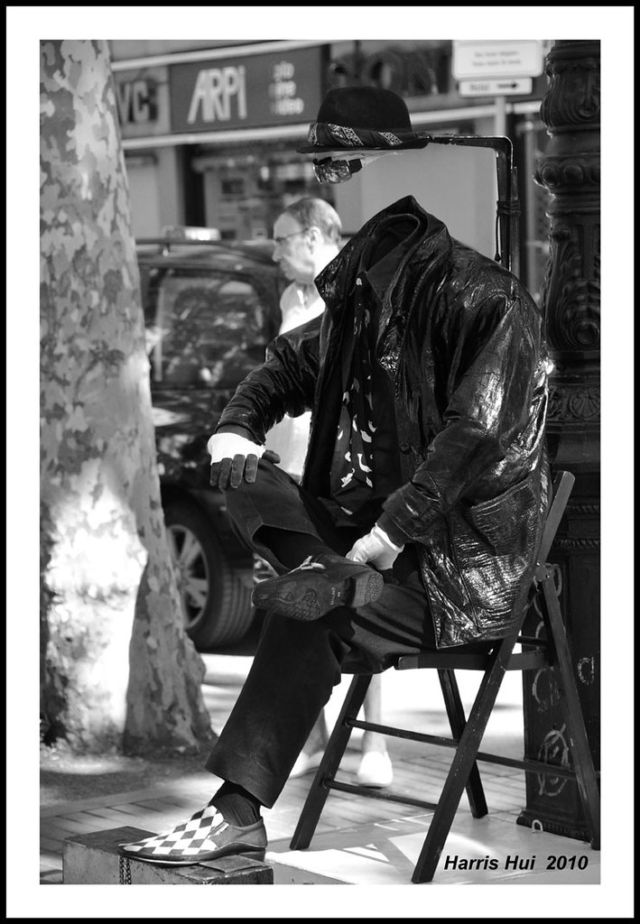 The Invisible Man - La Ramblas Barcelona N3265e