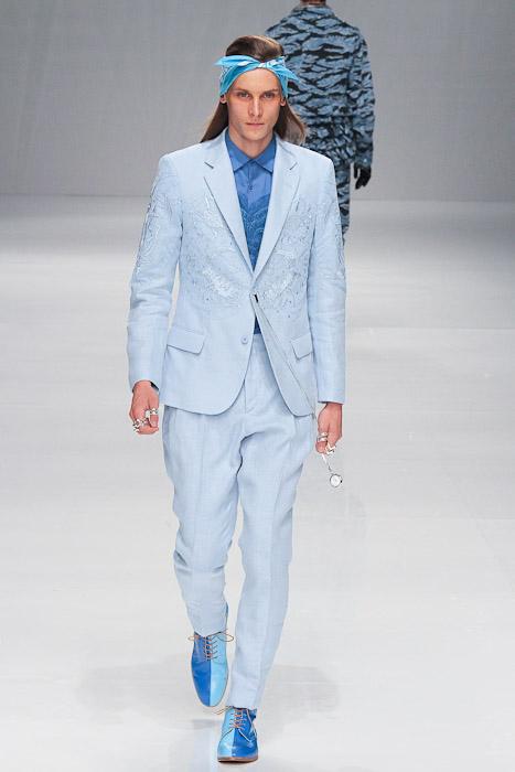 Tomek Szczukiecki3219_SS11_Tokyo_PHENOMENON(Fashionsnap)