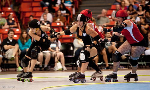 Jackie Daniels whips Ruth Enasia vs. Rocky Mountain Rollergirls' 5280 Fight Club