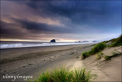 Sand Storms (Vinnyimages) Tags: beach oregon sunrise coast pacificnorthwest oregoncoast pacificcity capekiwanda bobstraubstatepark vinnyimages wwwvinnyimagescom vinnyimagescom
