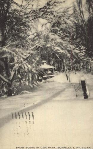 snow - MI