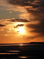 Llansteffan Beach New Years Day (annicariad) Tags: sunset cold wales cymru 2010 llansteffan newyearday annicariad dogsoflove