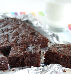 Ovaltine brownies / Brownies de Ovomaltine (Patricia Scarpin) Tags: dessert baking sweet chocolate brownies ovaltine donnahay