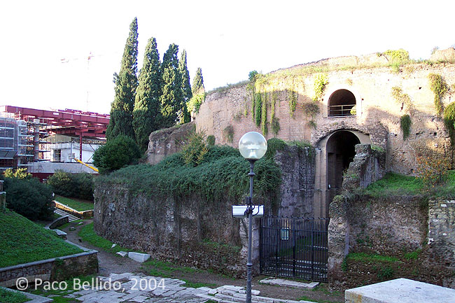 Mausoleo de Augusto. © Paco Bellido, 2004