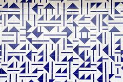 Azulejos de Athos Bulco na Torre de TV (Bito Teles) Tags: braslia arte athos azulejos bulco bsb50