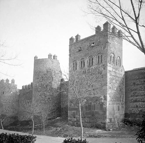Torres de la Reina de Toledo a finales del siglo XIX. Fotografía de Alexander Lamont Henderson