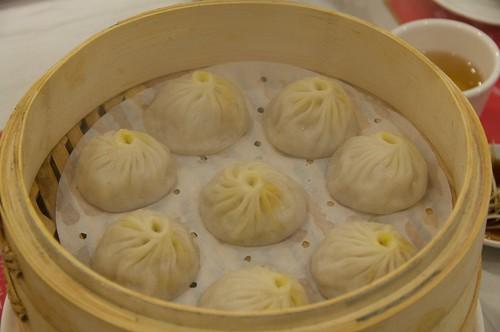 淞園飯館 蟹黃湯包