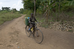 "DSC_4821_boy_on_bike • <a style=""font-size:0.8em;"" href=""http://www.flickr.com/photos/35665144@N00/4303844856/"" target=""_blank"">View on Flickr</a>"