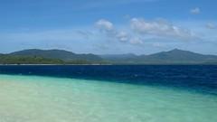 Turquoise sea, Blue sea (itinerantlondoner) Tags: sea beach island sand turquoise philippines tropical pilipinas elnido islandhopping palawan thephilippines bacuitarchipelago mimaropa