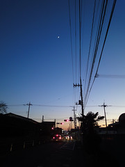 a moon stays in a gradation (ritsu.w) Tags: moon dusk cables gradation eveninglight wx1