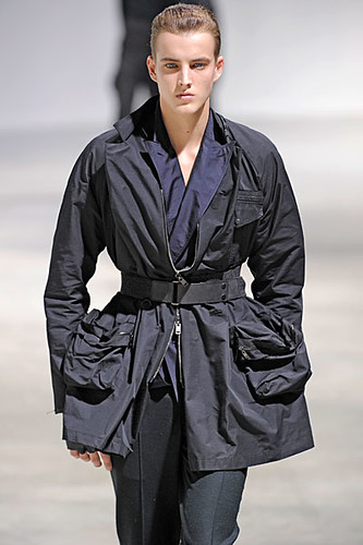 James Smith3032_FW10_Paris_Lanvin(nikestav10@mh)