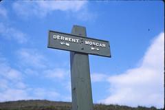 [2088] Peak & Northern : Derwent to Moscar (Budby) Tags: sign derbyshire peakdistrict signpost society information footpath rightofway peaknationalpark peaknorthern peakdistrictnortherncountiesfootpathspreservationsociety