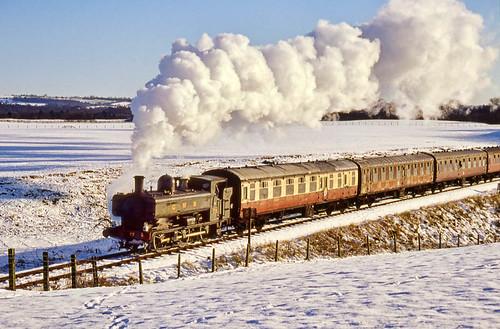 Snow and steam in the Severn Valley (geoffspages) Tags: geotagged railway steam gwr severnvalleyrailway pannier uksteam geo:lat=52510684 geo:lon=2406693
