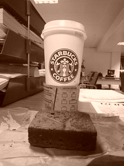 paid for Latte & free brownie (Ambernectar 13) Tags: morning london coffee sepia skinny chocolate thecity starbucks brownie february friday latte fairtrade 2010 sugarfree hazlenut venti tenses nonfat skinnyventisugarfreehazlenutlatte likeelevensesbutanhourearlier