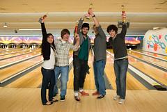 FtF_bowling_w_Lee_88 (Face to Face, Greensboro) Tags: art nc nikon sb600 event amf trophy d200 facetoface bowler average 2010 f2f 18200mmvr socialpractice leewalton facetofacegreensboro greensboeo