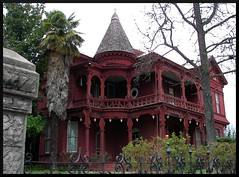 Spooky Victorian in Sonora (Dusty_73) Tags: california county usa house home sonora america gold 1800s victorian mother historic spooky rush tuolumne lode