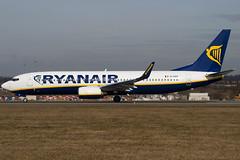 EI-EKP - 35028 - Ryanair - Boeing 737-8AS - Luton - 100316 - Steven Gray - IMG_8433