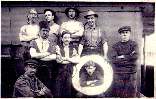 the black squad (Engine Room and stokers), Algiers, 1900.