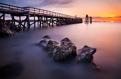 Breaking The Horizon (chris lazzery) Tags: longexposure sunrise massachusetts 5d salem canonef1740mmf4l salemwillowspark bw30nd