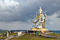 A Beatific Shiva at Murudeshwar ! (Anoop Negi) Tags: sea vacation portrait sculpture india holiday beach festival stone photography for coast photo media holidays cobra image god photos drum steel delhi indian bangalore creative culture images best exotic po ritual arabian tradition shiva mumbai karnataka hindu anoop negi trident murud murudeshwar photosof pagentry ezee123 damru bestphotographer imagesof anoopnegi jjournalism