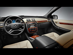 2011 Mercedes-Benz R-Class pictures