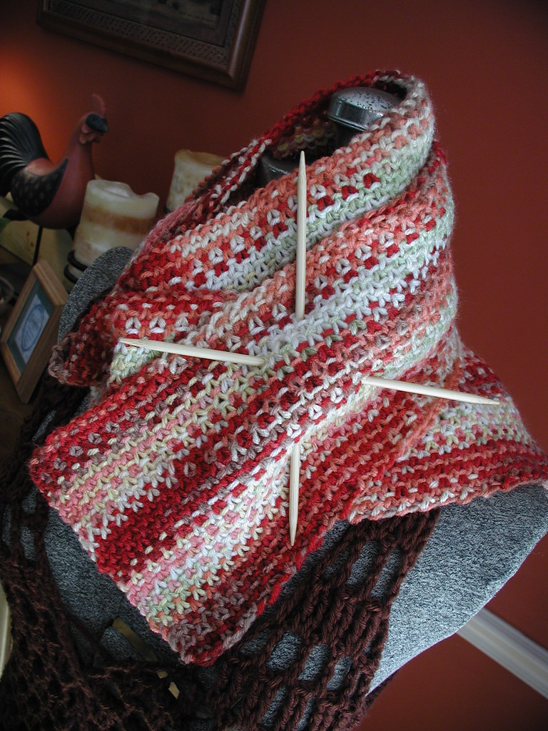 Fiddlesticks - My crochet and knitting ramblings.: Scrappy Lengthwise Scarf N...