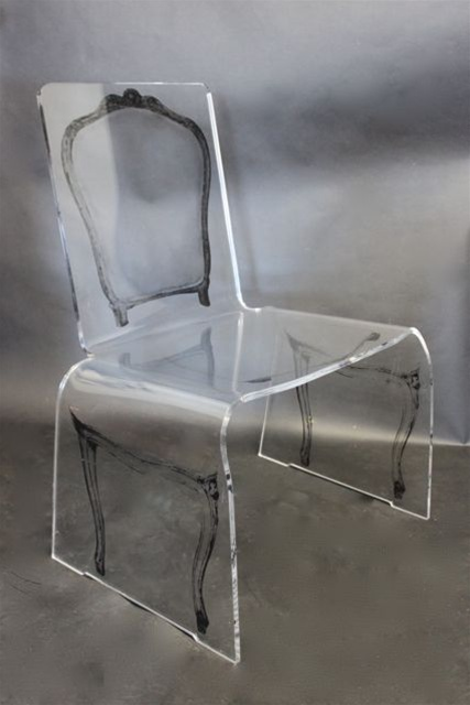 Ghost chair door Aaron Thomas R.