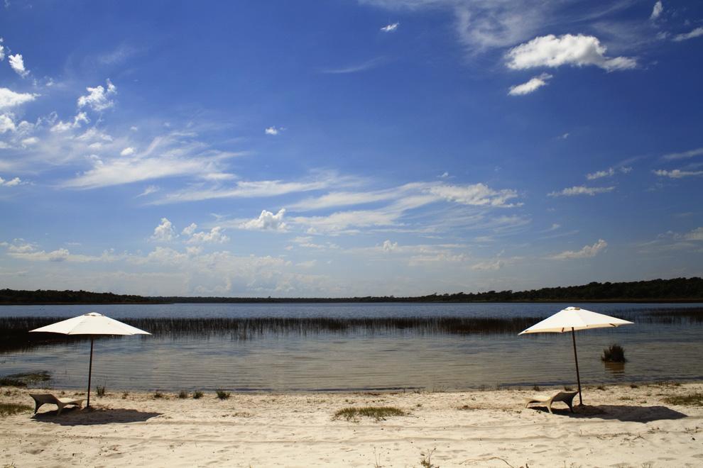 Vista de la playa en la Estancia Laguna Blanca, cerca de Santa Rosa del Aguaray. (San Pedro, Paraguay - Tetsu Espósito)