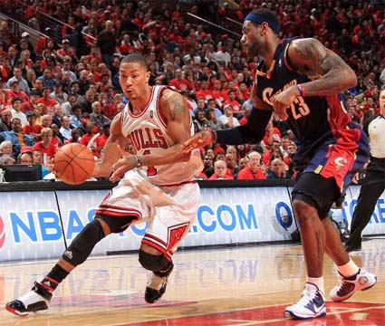 Derrick Rose versus LeBron James, one-on-one. Wow.