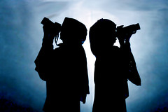 (*P O S Y_ [OFF]) Tags: silhouette canon nikon explore fatma posy 2010 haya d90 45od sapshoola