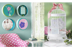 Decorao e reciclagem: Latas na parede (Jessica Santin (Jehhhhh)) Tags: white bird art wall tin arte box recycled decoration quadro cage felt can decorating caixa feltro recycle reciclagem parede lata redonda tecido latas gaiola decorar