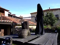 Verdugo (Ralph Foreman) Tags: museum torture axe scaffold museo verdugo santillana tortura hacha cadalso executioner