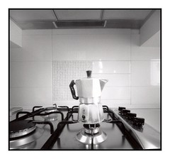 Bialetti (Angelo 60) Tags: pinhole caffè zero2000 bialetti tx320