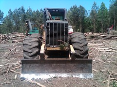 CAT 525B Skidder with Winch in NC 05 (Jesse Sewell) Tags: cat forsale forestry logging 360 caterpillar 525 winch 630 deere 660 grapple 545 620 catarpillar 560 tigercat 460 timberjack 848 catrpiller 648h singlearch 525b 360c 450c 560c 610c 660c 620c catrpillar 540h 640g 535b 460c 525c wwwskidderzonecom skidderzone 518c 540g dualarch 535c wwwjessesewellwordpresscom wwwyoutubecomuserskidderzone wwwflickrcomphotosskidderzone 545c 648g 748g 548g 548g2 548gii 540g2 540gii 540giii 548g3 540g3 640g2 640gii 640giii 640g3 640h 548h 748h 848h 848g3 848giii 848g2 648gii 630c 630d e620c