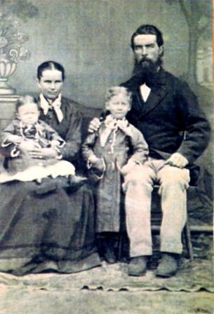Elizabeth Humphreys y John Lloyd - Jones