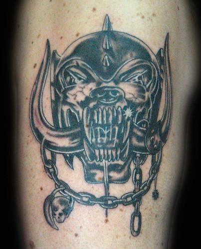 Tatuaje Y Piercing En Granada Tatuaje Motorhead Pupa Tattoo Granada
