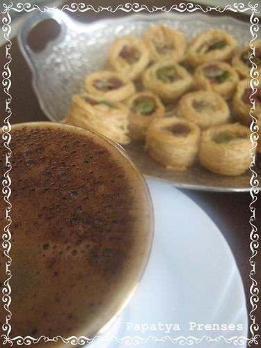 zeynebde kahvaltı (1)